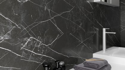 Black and white marble tiles